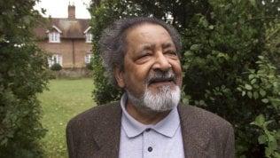 Addio allo scrittore Naipaul, Nobel per la Letteratura nel 2001