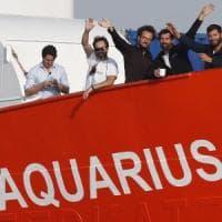 Accordo raggiunto per la Aquarius. Migranti suddivisi tra cinque paesi. Il flop dei...