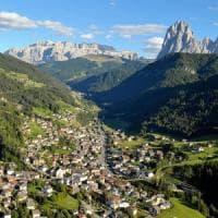 Alto Adige, donna uccisa in albergo. Fermato il marito
