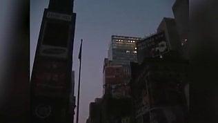 New York resta al buio per giorni:il blackout avvenuto 15 anni fa