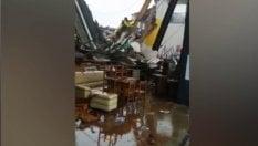 Dentro le case distrutte dal cavalcavia crollato