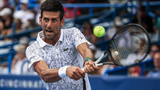 Tennis, Cincinnati: Djokovic agli ottavi in rimonta