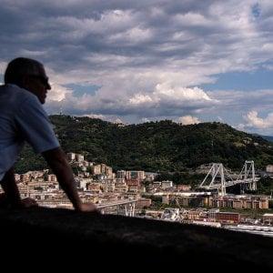 Crollo del ponte Morandi, la stampa estera critica il governo