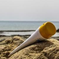 La bufala delle creme solari che aumentano il rischio di cancro