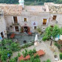 Belmonte Calabro, il borgo che risorse ora fa tendenza all'estero