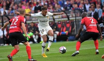 Il Psg soffre un tempo a Guingamp poi ci pensano Neymar e Mbappè