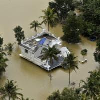 India, la peggior stagione dei monsoni del secolo: nel Kerala 370 morti