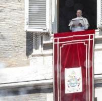 """Papa Francesco: """"Con vergogna e pentimento ammettiamo di aver abbandonato i piccoli""""...."""