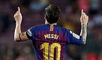Messi, il re è nudo. Per l'Uefa non è tra i primi tre