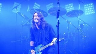 Dave Grohl, il piacere è suonare sette strumenti con dei ragazzi