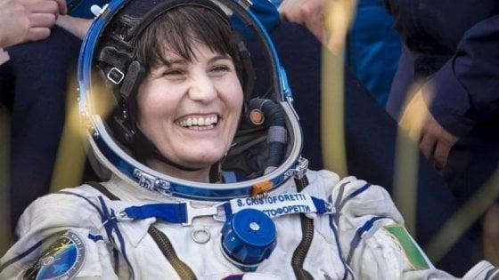 """Astrosamantha: """"Sono pronta a volare di nuovo. Chissà, verso la Luna"""""""