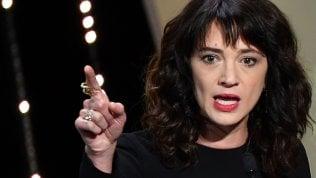 """Asia Argento: """"Notizie false, mai relazione sessuale con Bennett"""""""