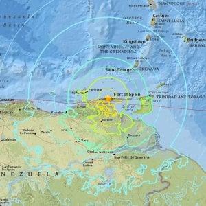 Forte scossa di terremoto in Venezuela: sisma di magnitudo 7.3, edifici evacuati anche in Colombia