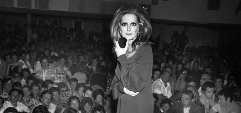 Mina, la sparizione di un mito: 40 anni fa l'ultimo concerto prima di lasciare le scene