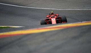F1, Gp Belgio: Raikkonen domina le seconde libere davanti a Hamilton. Vettel quinto
