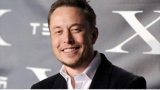 Musk ci ripensa: Tesla rimarrà in Borsa