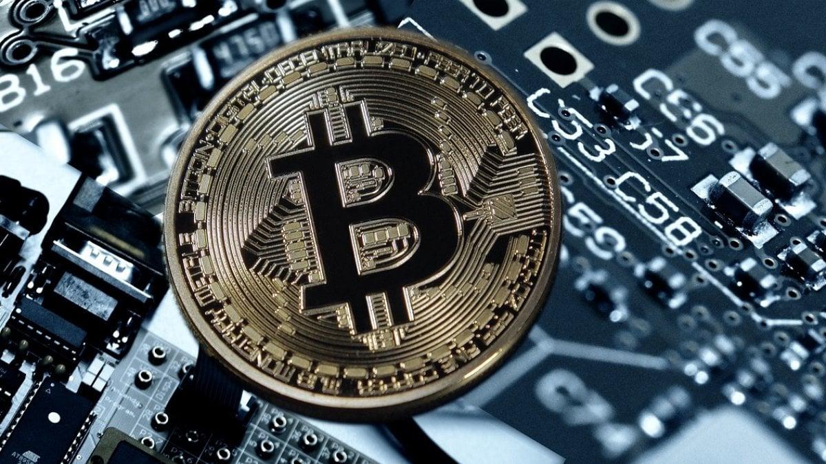 elettricità bitcoin)