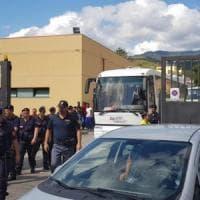Migranti, cento sbarcati dalla nave Diciotti partiti da Messina per Rocca di Papa