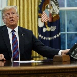 """Usa, nuovo attacco di Trump a Google, Facebook e Twitter: """"Fate attenzione"""""""