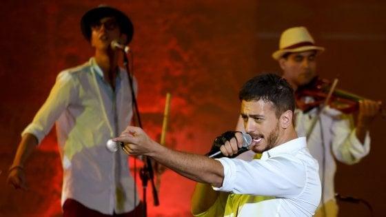 Parigi, condannato per stupro il musicista più famoso del Marocco