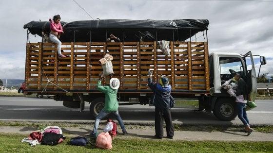 Brasile, presidente schiera l'esercito al confine con Venezuela
