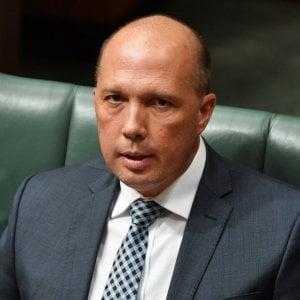 Australia, ministro dell'Interno nei guai per i visti concessi alle ragazze alla pari