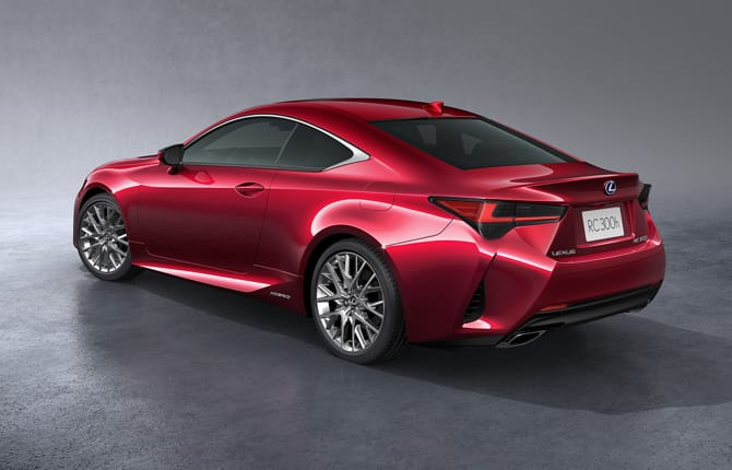 Nuova RC Hybrid, Lexus all'attacco