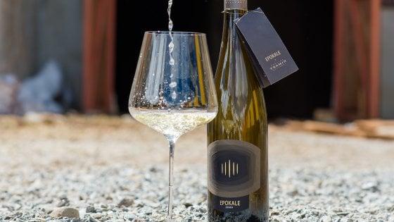 """Il primo vino bianco italiano """"perfetto""""? E' altoatesino (parola di Robert Parker)"""