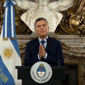 Argentina, Macri lancia il piano di austerità per arginare la crisi del peso