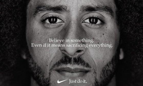 Nfl, Kaepernick l'anti Trump è il volto della nuova campagna Nike