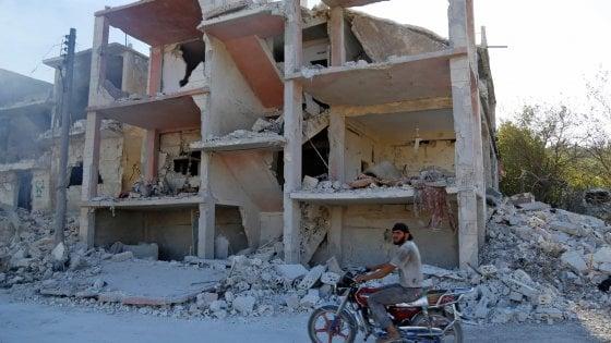 """Siria, Erdogan: """"L'attacco a Idlib sarebbe un vero massacro""""."""