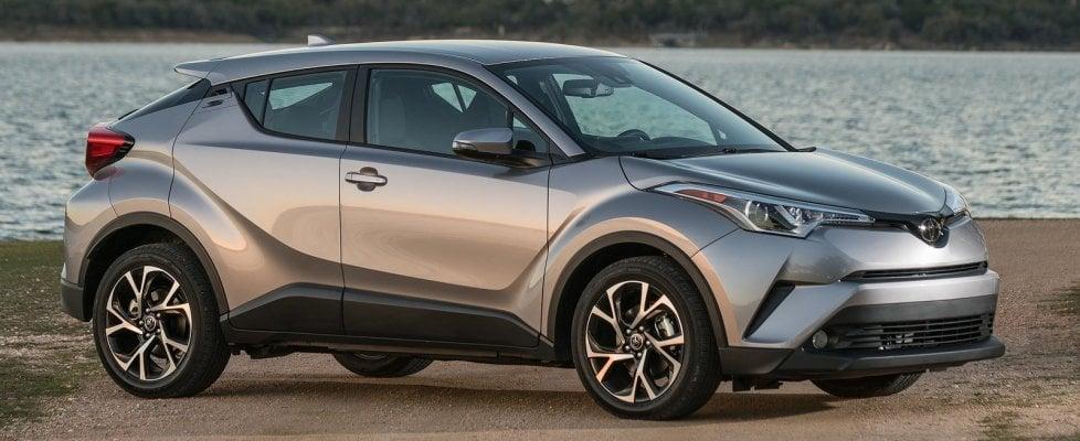 """Maxi richiamo Toyota: """"Un milione di ibride a rischio incendio"""""""