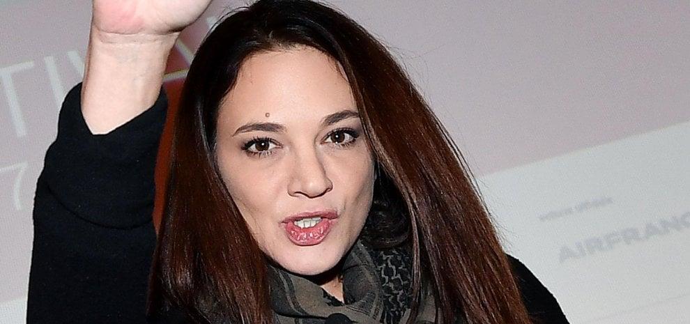 """Asia Argento torna su Twitter e attacca Rain Dove: """"Mi hai mentito sulla morte di Bourdain"""""""