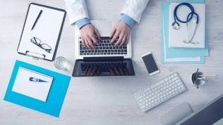 L'ipocondria trasloca sul web: auto-diagnosi prima del medico
