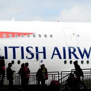 British Airways: hacker rubano i dati di 380mila carte di credito