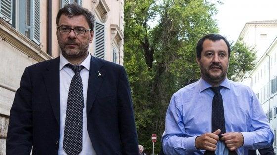 """Fondi Lega, Salvini: """"Processi politici, vogliono fermarmi"""". Pd e Magistratura democratica: """"È eversivo"""""""