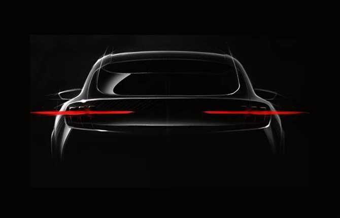 Sorpresa Ford, in arrivo il crossover elettrico ispirato alla Mustang