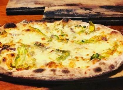 Romana o napoletana, la disfida della pizza. E la Capitale cerca la riscossa
