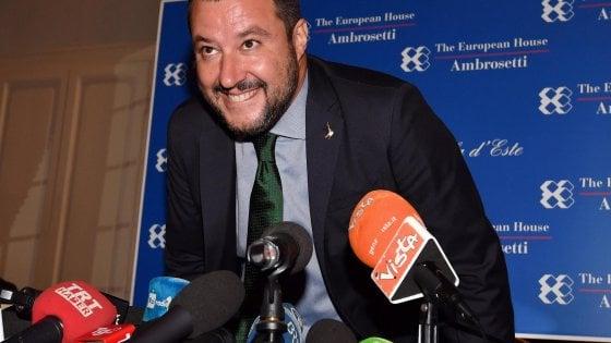 """Salvini frena sui giudici: """"Nessun golpe giudiziario, vado avanti"""""""