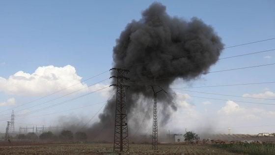 Siria, violenti raid russi nella provincia di Idlib