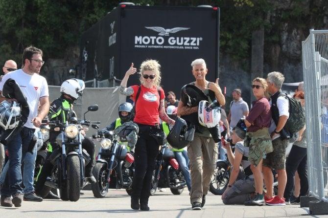 Moto Guzzi Open House 2018, scatti d'autore alla festa di Mandello