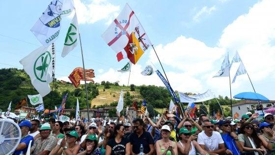 """Fondi Lega, Di Battista attacca: """"Restituiscano il maltolto"""". Ipotesi rateizzazione ma è pronto il ricorso"""
