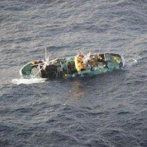 A Khoms i superstiti confermano il nuovo naufragio in Libia: cento morti
