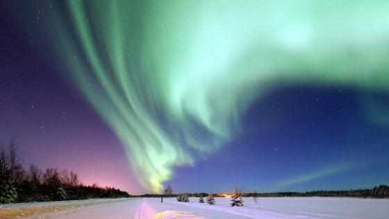 È in corso una tempesta solare, aurora boreale visibile fino a New York