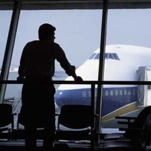 Corte Ue: rimborso per voli cancellati comprenda anche le commissioni pagate online