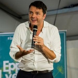 """Renzi: """"Il Pd ricomincia l'opposizione. Basta rassegnazione, lottiamo contro una classe dirigente di cialtroni"""""""