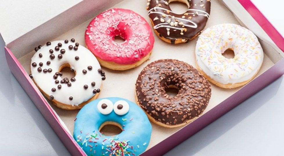 """Dai Bucaneve ai donuts  ecco tutti i cibi  che """"riescono col buco"""""""