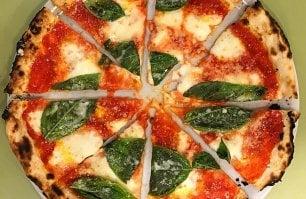 """""""Per la pizza romana da oggi cambia tutto"""": il Manifesto della qualità"""