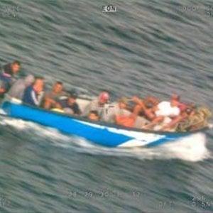 """Migranti, 184 sbarcati a Lampedusa. Il Viminale: """"Malta ha scaricato il problema sull'Italia"""""""