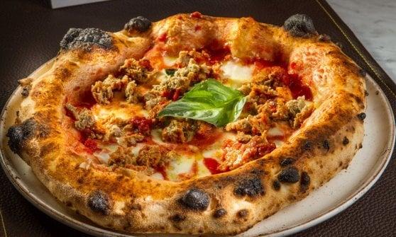 E nell'hinterland di Napoli ecco la sfida gourmet di Bradopizza